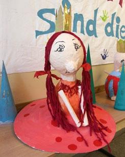 Workshop Königinnen des Alltags - Figurenspiel Steffi Lampe